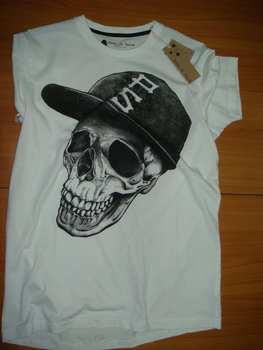 Poison De Combat,Skull-graphic Tee Shirt - Buy T-shirt Product on  Alibaba com