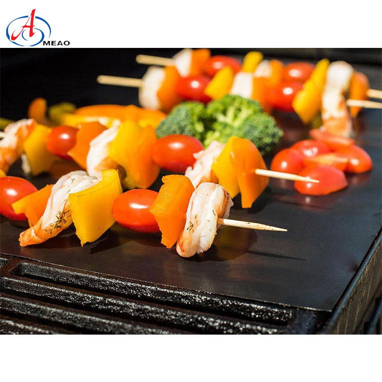 Heavy duty reusable non - stick bbq liner grill mat