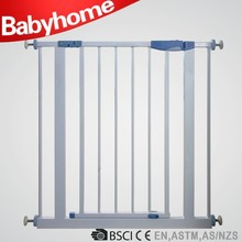 CE standard baby safety gate iron baby outdoor dog fence