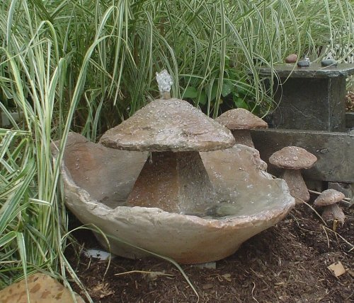 Garden Fountain, Cast Stone, Mushroom, Cascade, Concrete, Patio & Outdoor, Rock Garden Water Feature