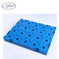 Stackable Plastic Pallet for 20pcs 5 Gallon water bucket