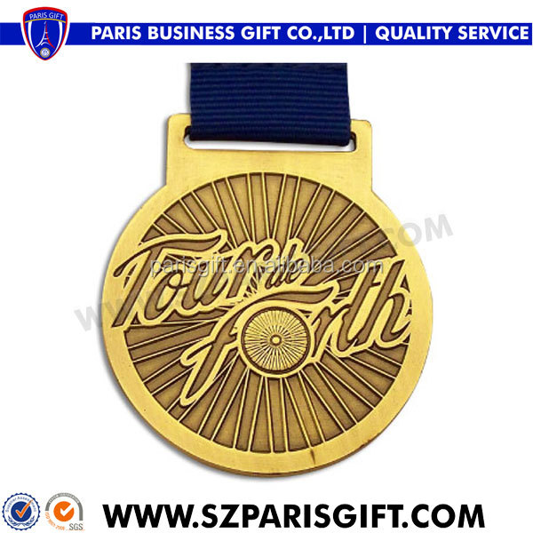 Tour de Forth gold plated running medal display in engraved design