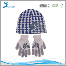 New design kids knitted mittens characters beanie hats scarf gloves set