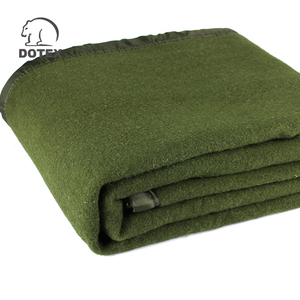 2018 New Design Portable Olive Green Polar Fleece Military Blanket
