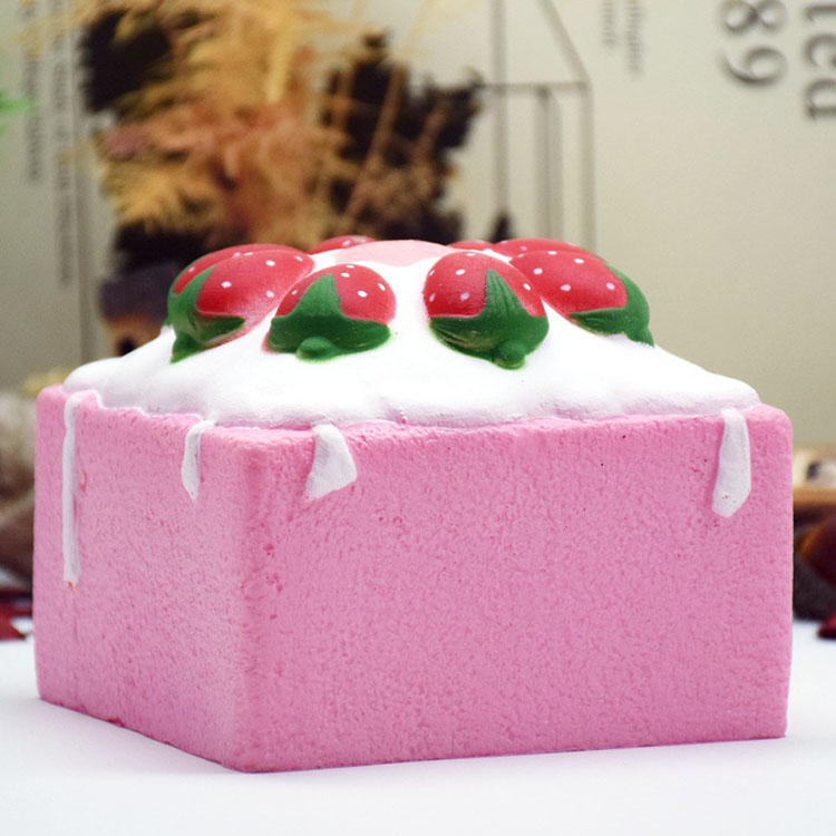 PU Cartoon Slow Rising Resin Process Strawberry Square Cake Squishy Case