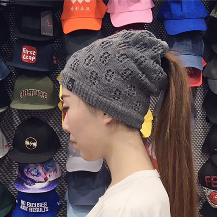 2019 high quality women girls winter beanies ponytail beanie mom messy bun  hats with hole top 0c16a2336d2