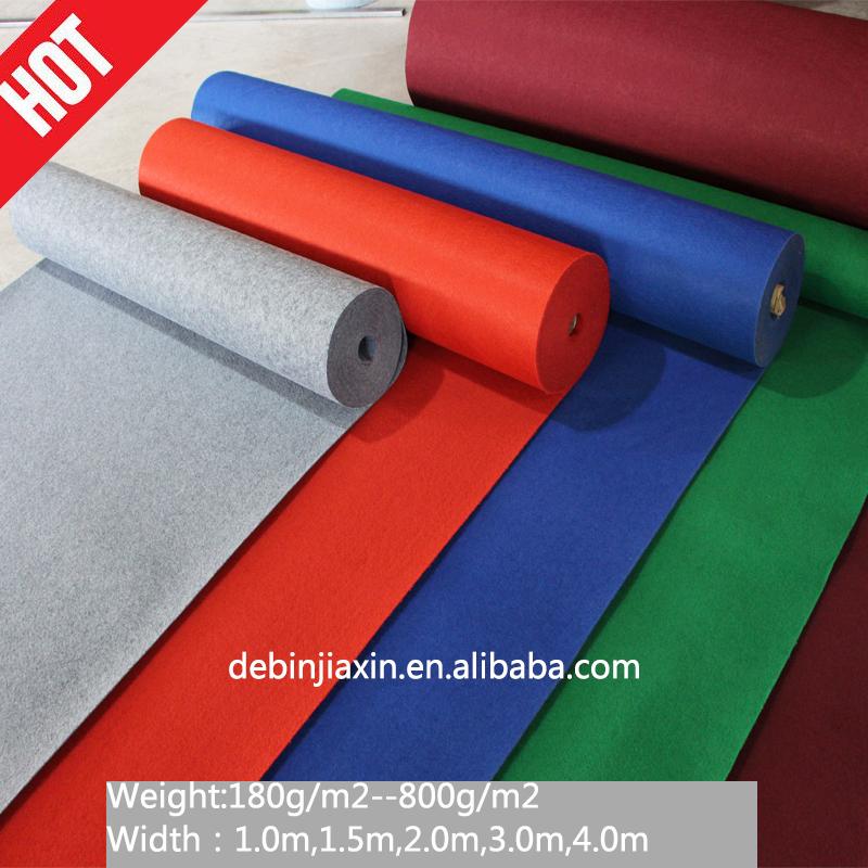 Sıcak Satış % 100% Polyester Olmayan Dokuma Iğne Yumruk Mavi Ve Beyaz Halı Sergi Için