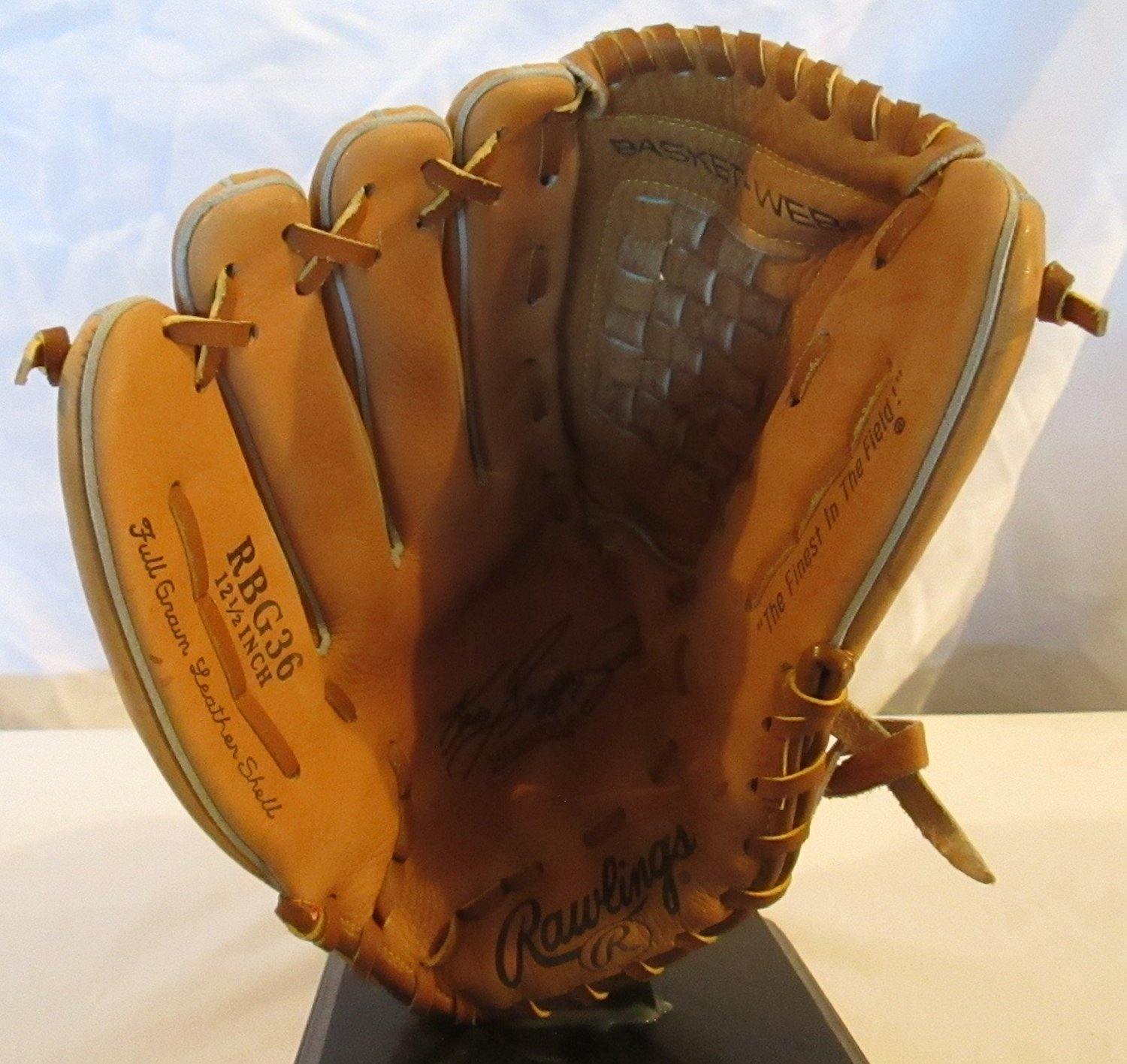 49ffdd03a5 Buy RAWLINGS KEN GRIFFEY JR. AUTOGRAPH MODEL BASEBALL GLOVE - 12 1/2 ...