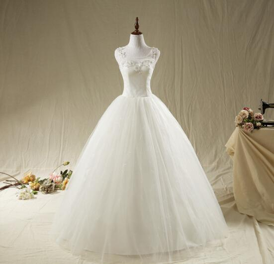 Scoop Neck Beading Crystals Ball Gown Tulle Wedding Dress Wedding gowns