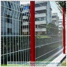 V shape wire mesh fence post / Wire mesh fence post news and tool