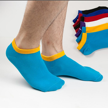 Nike men's socks provide the comfort and support you need for all levels of activity. Enjoy free shipping and returns with NikePlus. Nike socks for men help keep you dry and grounded and performing at your best. Ankle Socks (2 Pairs) $ 1 Color. Nike SNKR Sox Air Max Crew Socks. $ 1 Color. Nike SNKR Sox.