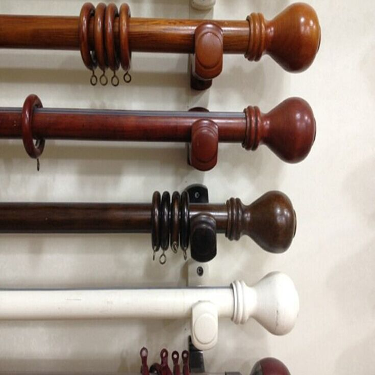 Wood Curtain Rod With Fashionable Finals Rings Brackets