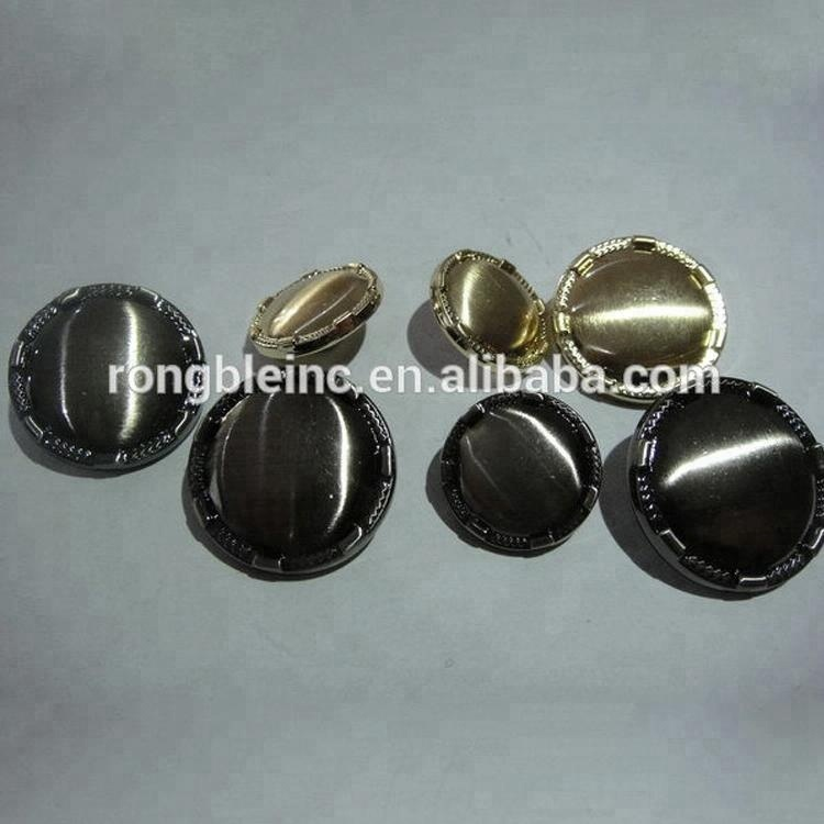 Customized delicate appearance jean jacket metal buttons