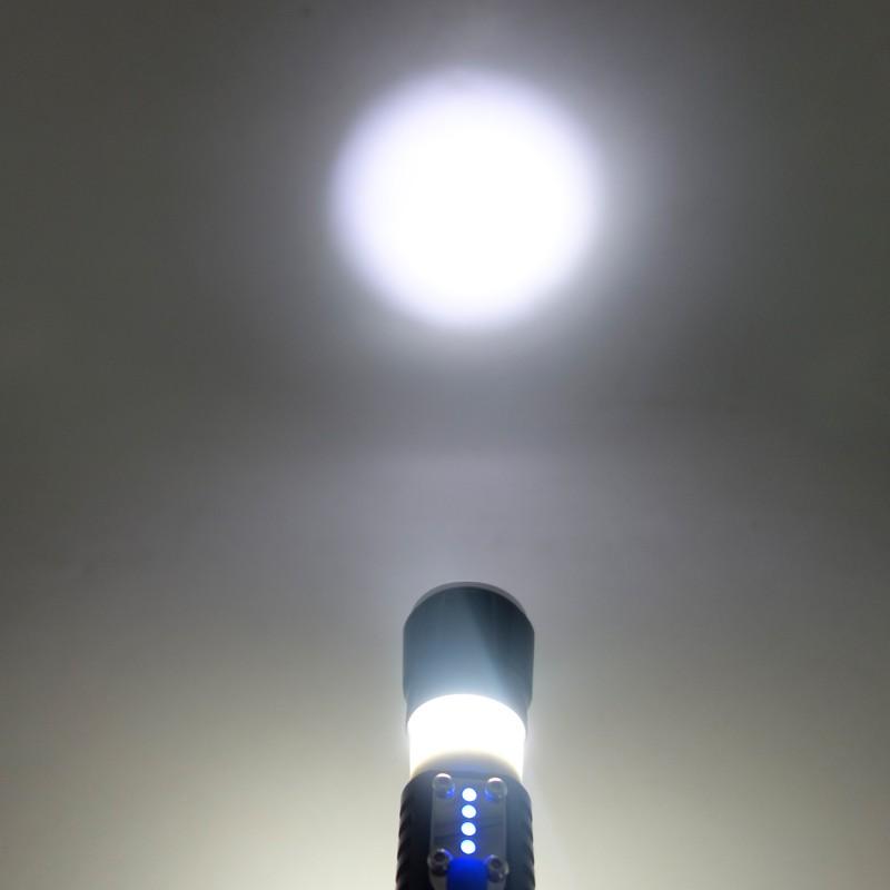 2016 New Style LED Handheld Rechargeable Flashlight