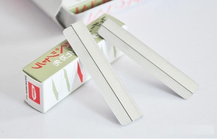 eyebrow cutter. 10pcs/pack eyebrow trimmer blades cutter equipment special platinum coated edge razor d