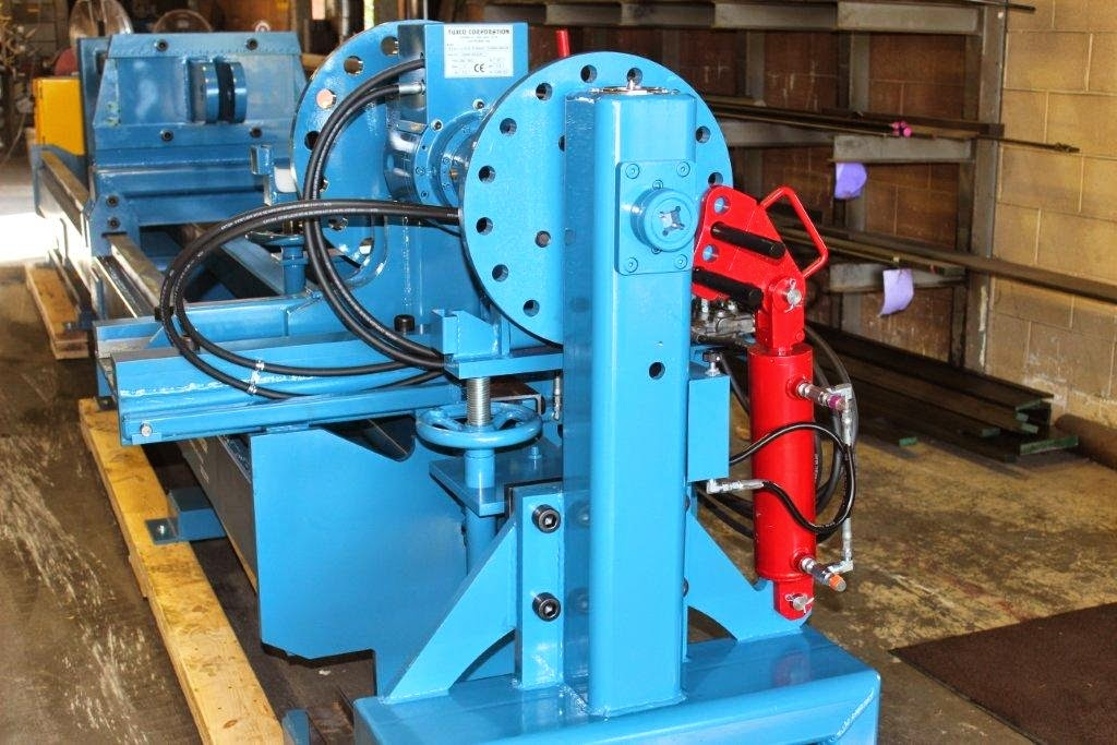 निर्माण मशीनों के लिए ट्रैक प्रेस लिंक पोर्टेबल श्रृंखला 300Ton और 200Ton