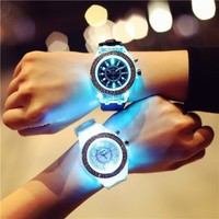 Fashion Watches Women Watch Popular Led Light Silicone Strap Round Dial Lover Quartz Led Watch