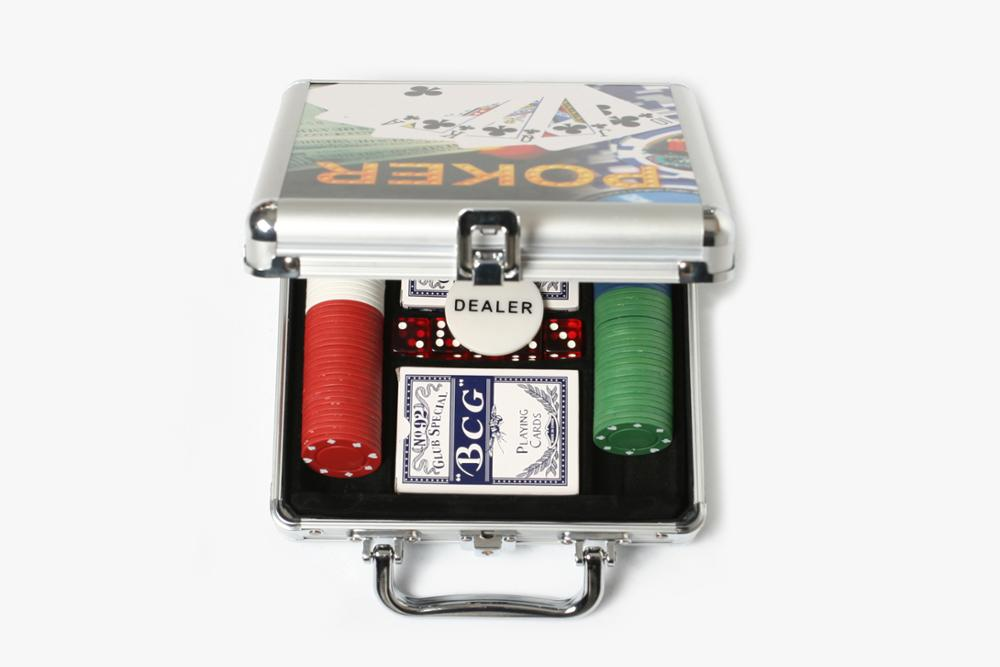100pcs Plastic Poker Chip Set Aluminum Box Packed