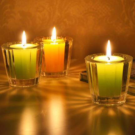 For Praying Pure Colored Paraffin Wax Votive Candles in Glass Holder