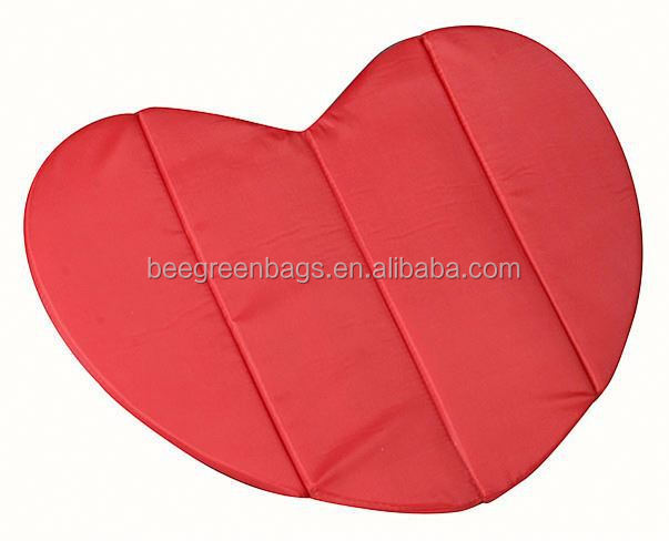Personalized Polyester Wholesale Heart-Shaped Foldable Seat Pad