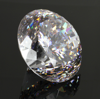 121 facets 80mm big size round diamond cut white cubic zirconia for exhibition