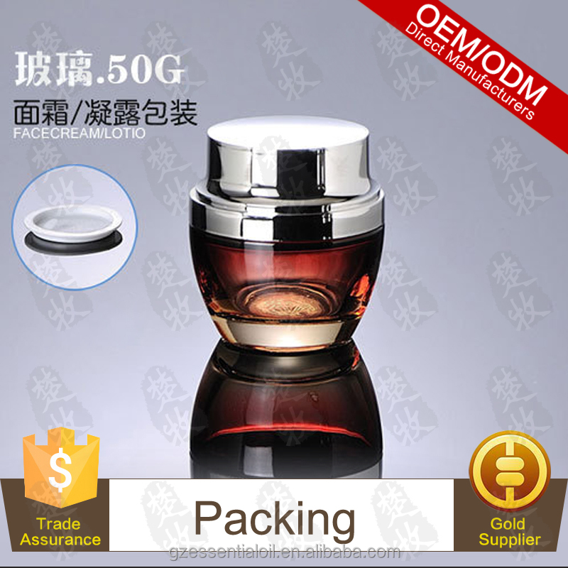 Best Price For Skin Light Cream Packed In 50g Red Glass Jar Slivery Cap