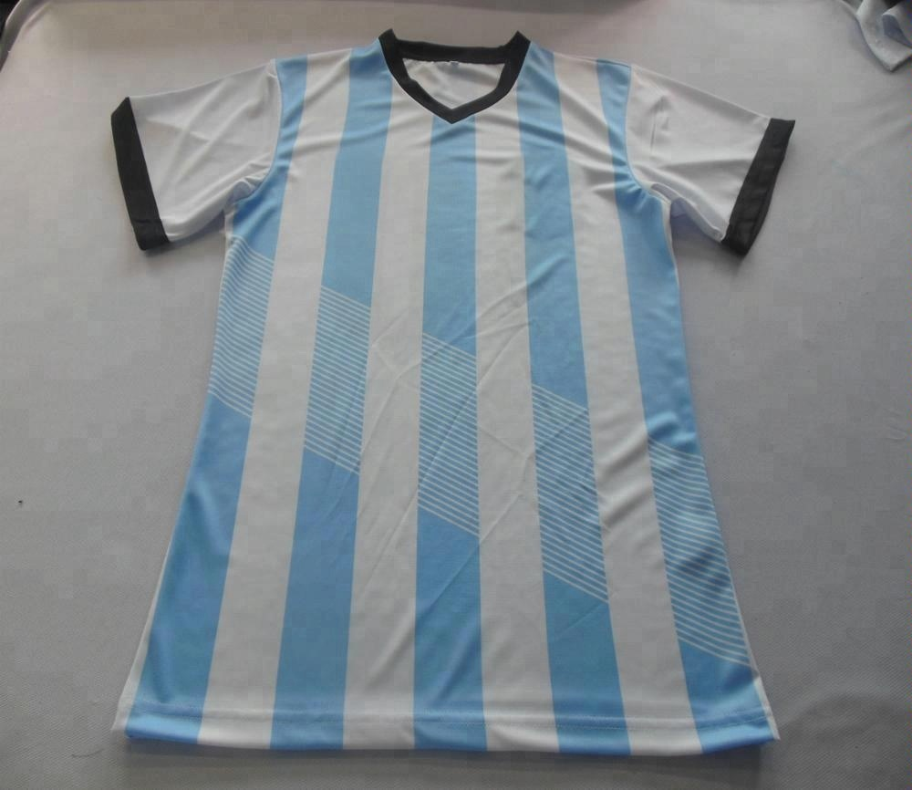 Dernières Coupe Du Monde sublimé imprimer custom design confortable de football maillot ensemble