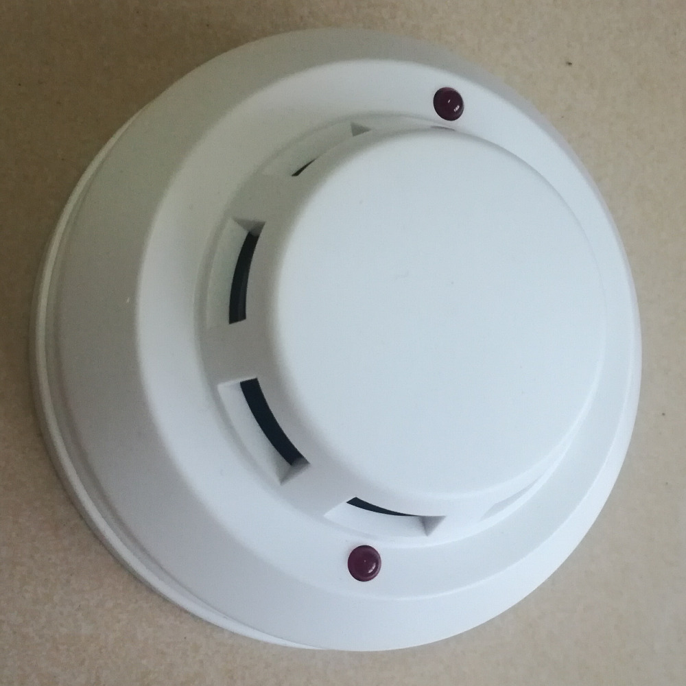 Carbon Monoxide Smoke Detector On Wiring For Electric Smoke Alarms