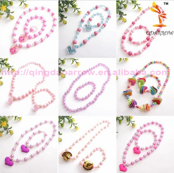 Latest Design Beads Necklace Heart Necklaces