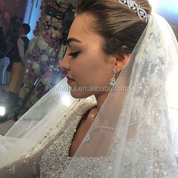 Custom Made 2017 Luxury Exquisite White Ball Gown Court Train Lace V Neck Beaded Wedding Dresses