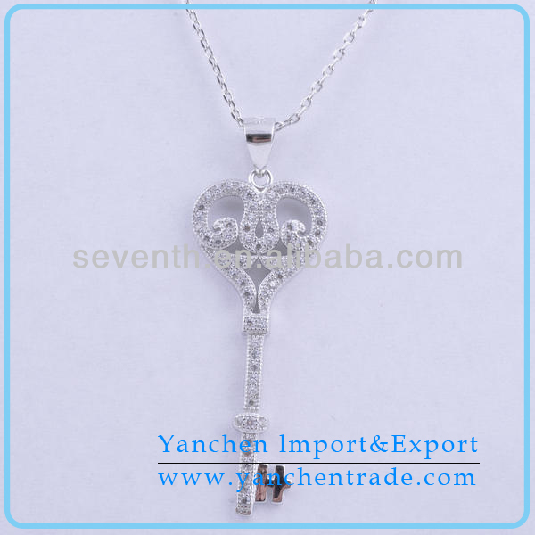 New Designed Wholesale Key Shaped Brass Pendant With Rhodium Plated