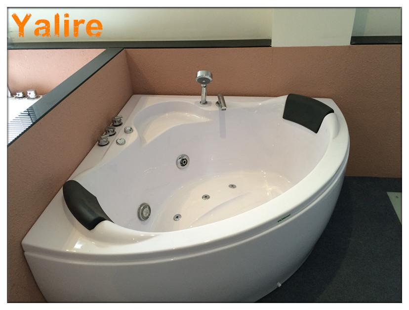 Attrayant Deluxe Semicircle 50 Inch Bathtub