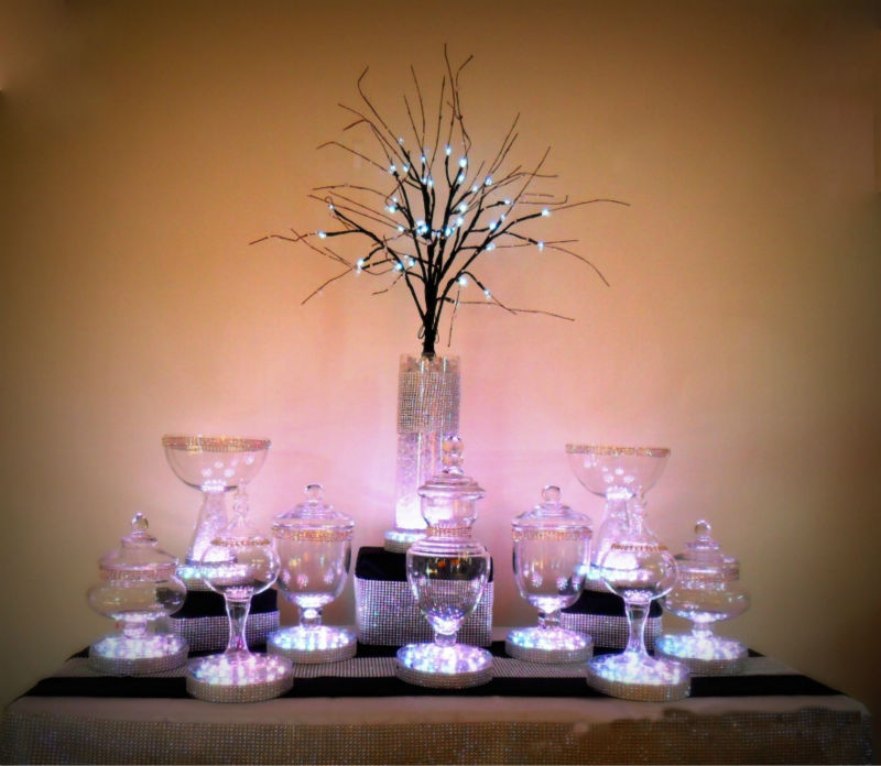 6inch Acrylic wedding party table <strong>decoration</strong> 31pcs white LedsRemote Controlled Led Centerpiece Light Base