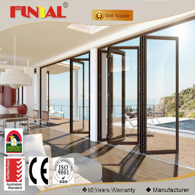 Personalizado exterior puerta plegable de aleaci n de for Puertas para frente de casas