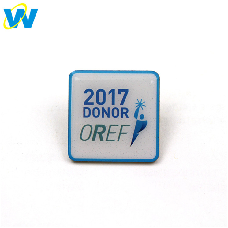 Custom offset enamel pin, printing lapel pin with epoxy