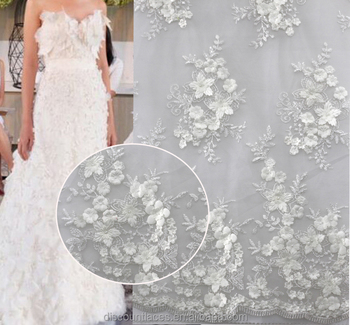 2016 New Design Embroidered Fabricwhite Crochet French Lace For