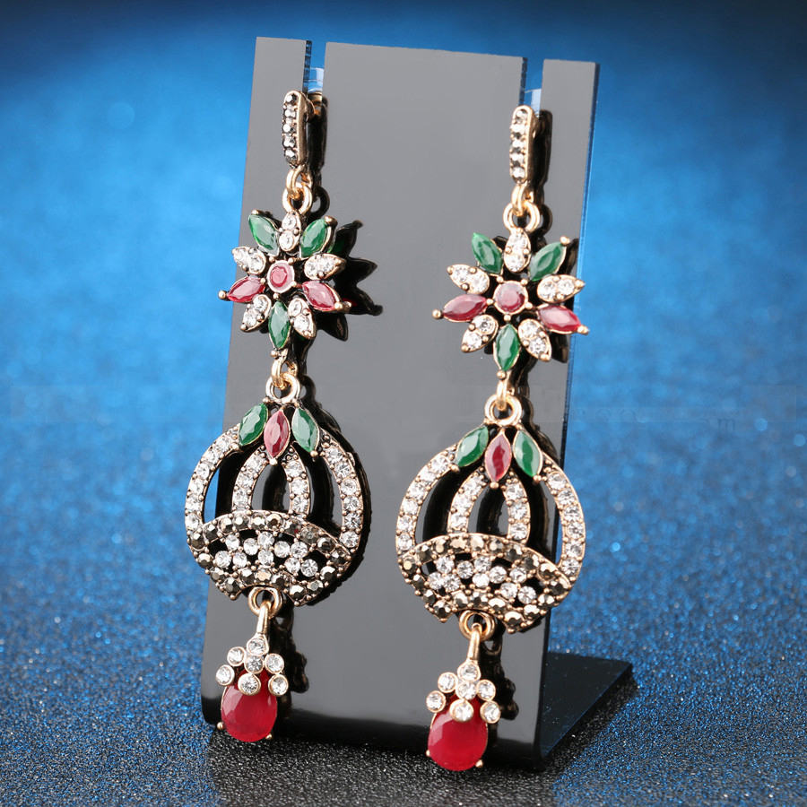 Whole Custom Latest Design Fashion Alloy Crystal Earring Drop Gold Designs Stani For Las