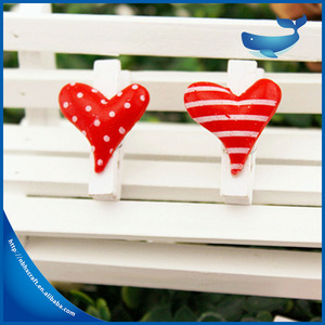 Wholesale hot small cute heart shaped wooden clip for decoration made in China