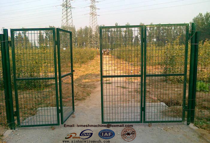 Home Design Gate Ideas: Wire Mesh Fence Panel House Gate Designs