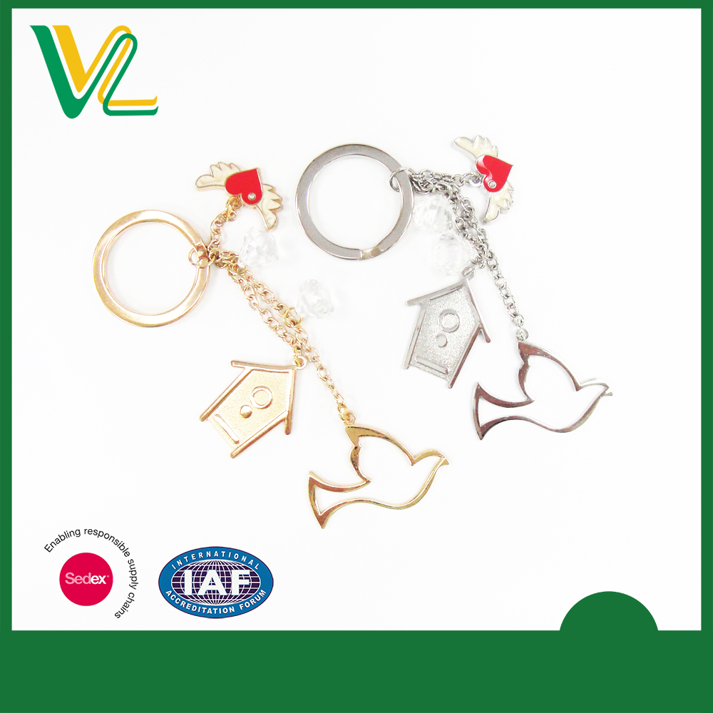 OEM high quality Zinc alloy Metal Pearl Paint Gold Split ring 3D Keychain