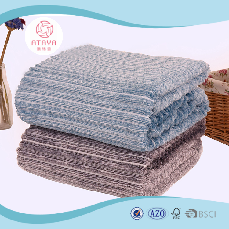 New product 100% polyester Yarn-dyed cation flannel fleece fashion blanket
