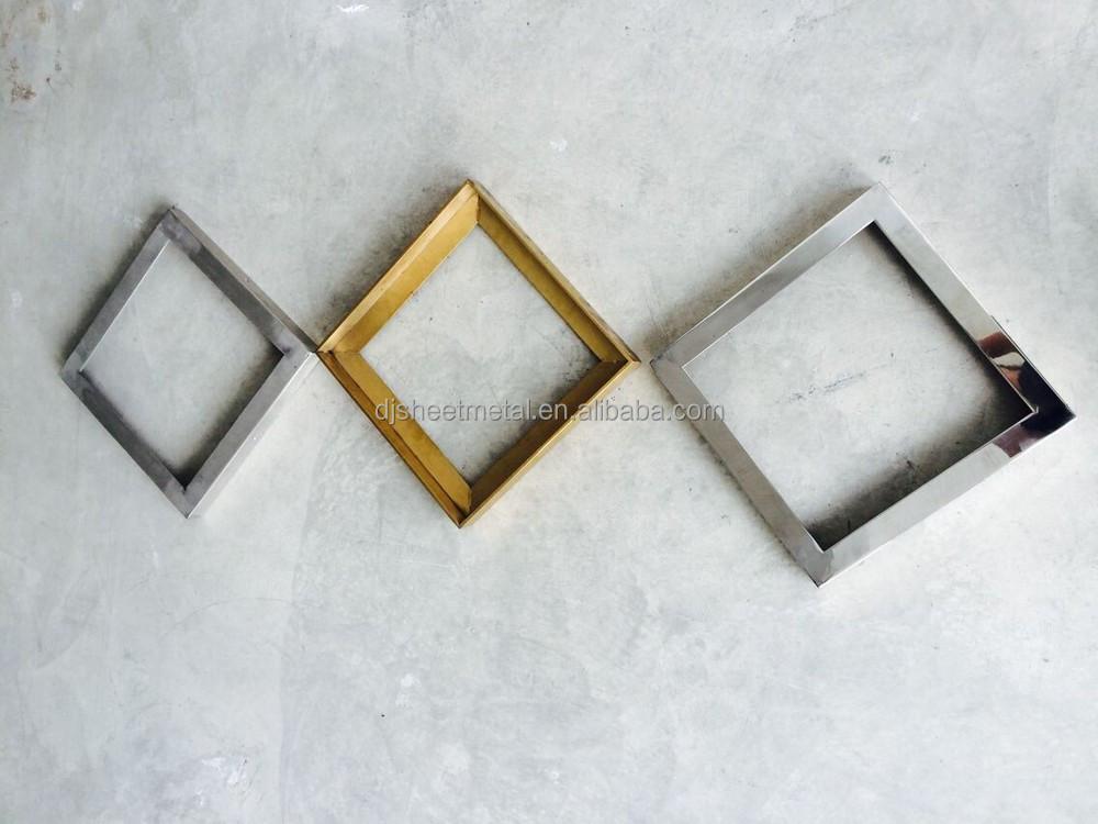 Decoratieve spiegel frame met messing afwerking en roestvrij staal fabricage fotolijst - Decoratieve spiegel plakken ...