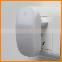 CE ROHS Socket Mini Deco Bedroom Night Wall light With Motion Sensor