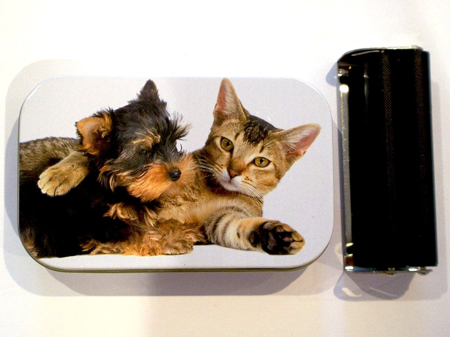 1oz hinged cute kitten cat and puppy dog baccy tobacco tin rolling machine & papers