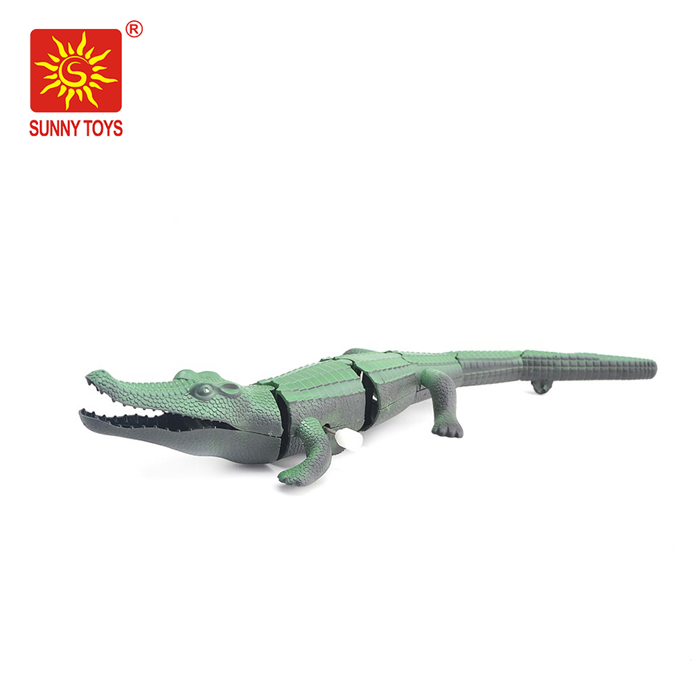 Popular plastic production wind up toys crocodile toy