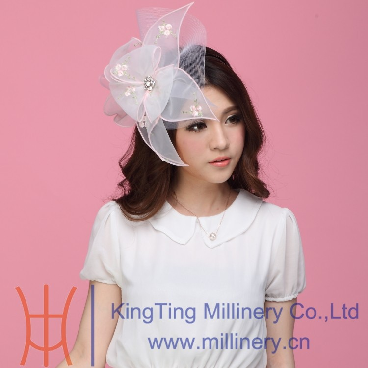 White Organza Wedding Fascinators With Diamond For Lady