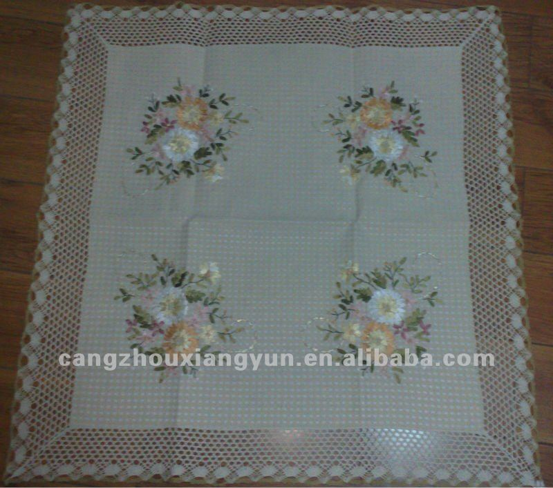 Embroidery Linens & Textiles (pre-1930) Vintage Linen Embroidered Table Cloth