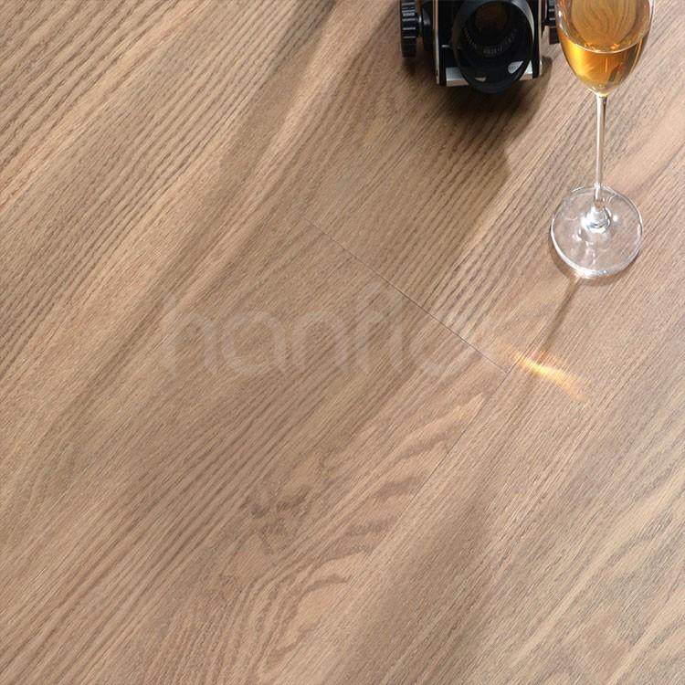 Wear resistance non-slip vinyl floor .jpg