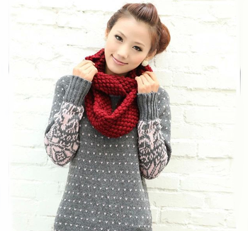 2015 Wholesale Solid Color Knitting scarf,Fashion Circle Loop infinity scarf for lady,New design Acrylic Infinity Winter Scarf