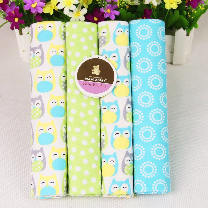 Guangzhou wholesale baby clothing 4 in 1 set high quality cute 100% cotton random design blanket